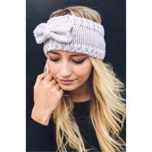 Accessories - Gray bow sweater headband